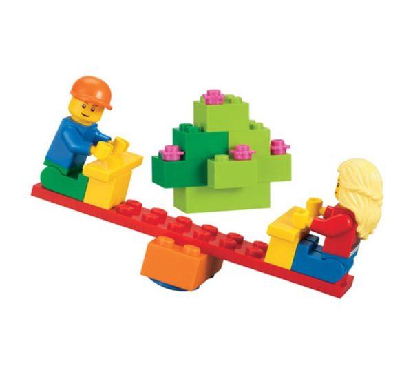Городская жизнь LEGO 9389 вид 2