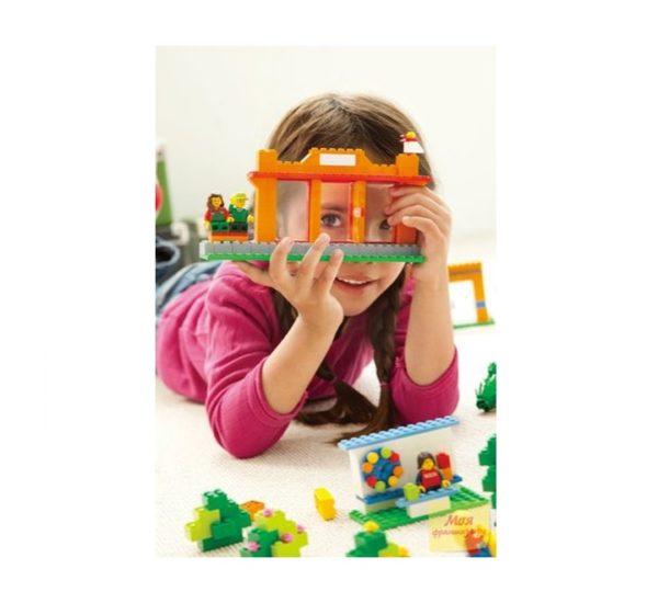 Городская жизнь LEGO 9389 вид 5