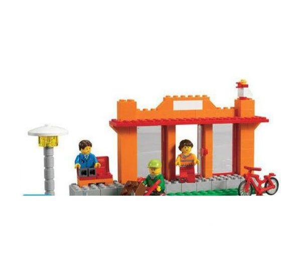 Городская жизнь LEGO 9389 вид 6