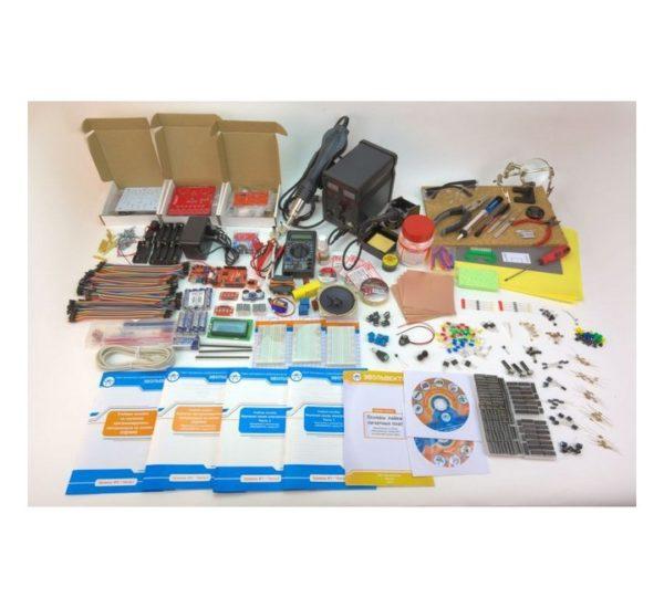 Образовательный набор для изучения управляющей электроники учебных промышленных роботов вид 3