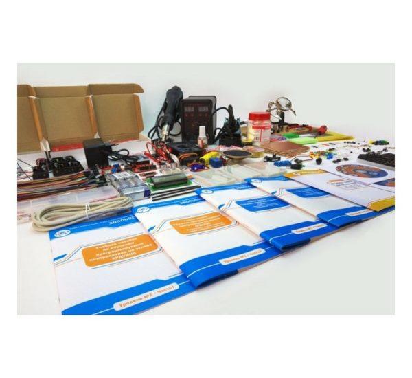 Образовательный набор для изучения управляющей электроники учебных промышленных роботов вид 6